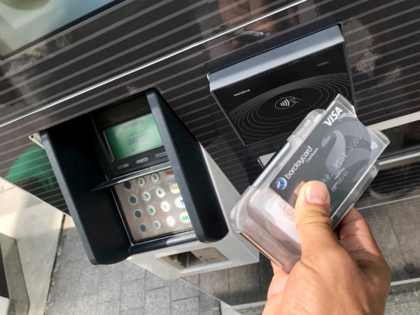 RFID Blocking Wallet at contactless payment terminal
